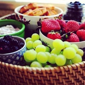healthy snack fruit