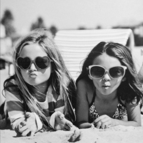 strand zonnebril electrifyed tumblr