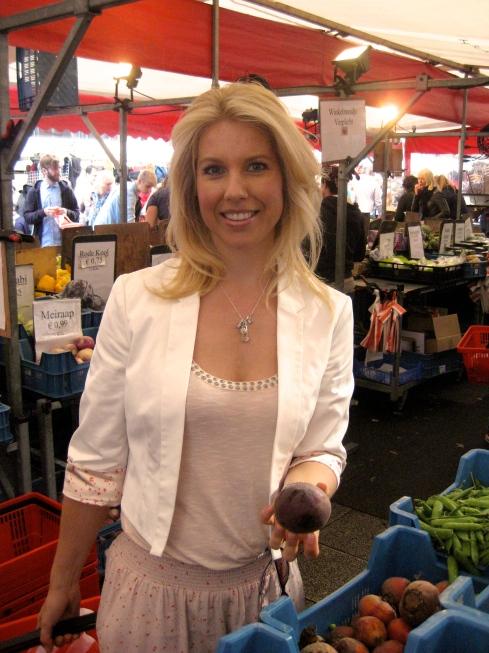 tessa op de markt